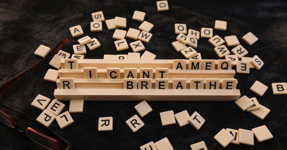 The sentence ''I can't breathe'' in Scrabble letters