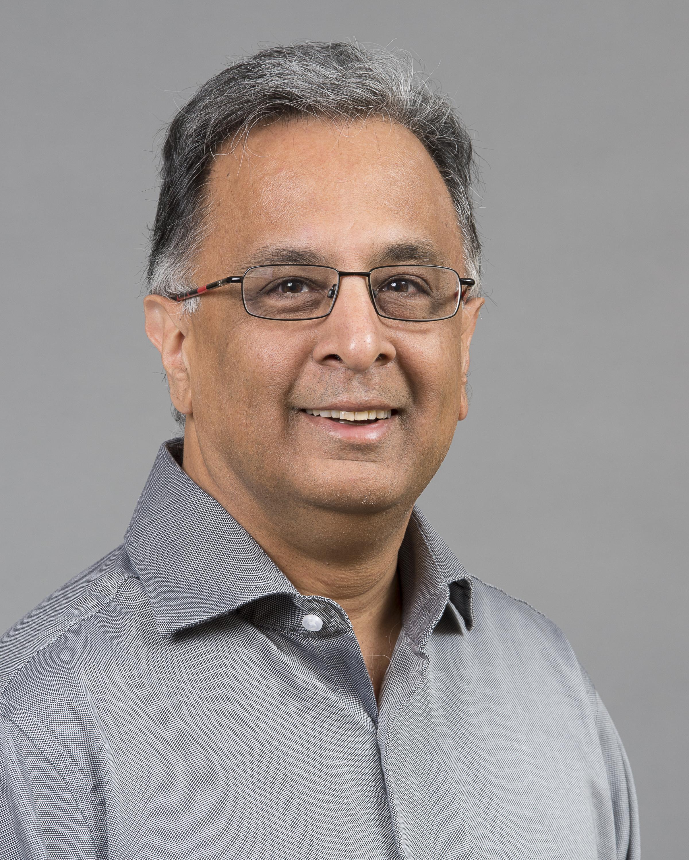 Photographie format portrait de Dr. Rashmi Kothary