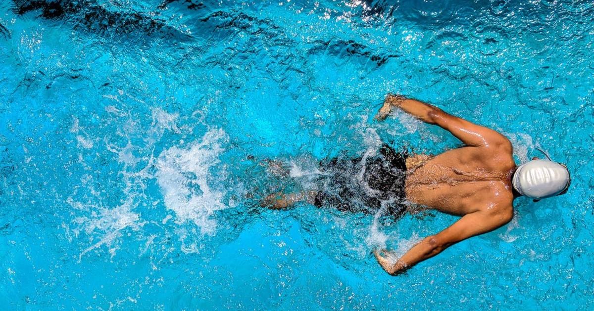 Un nageur