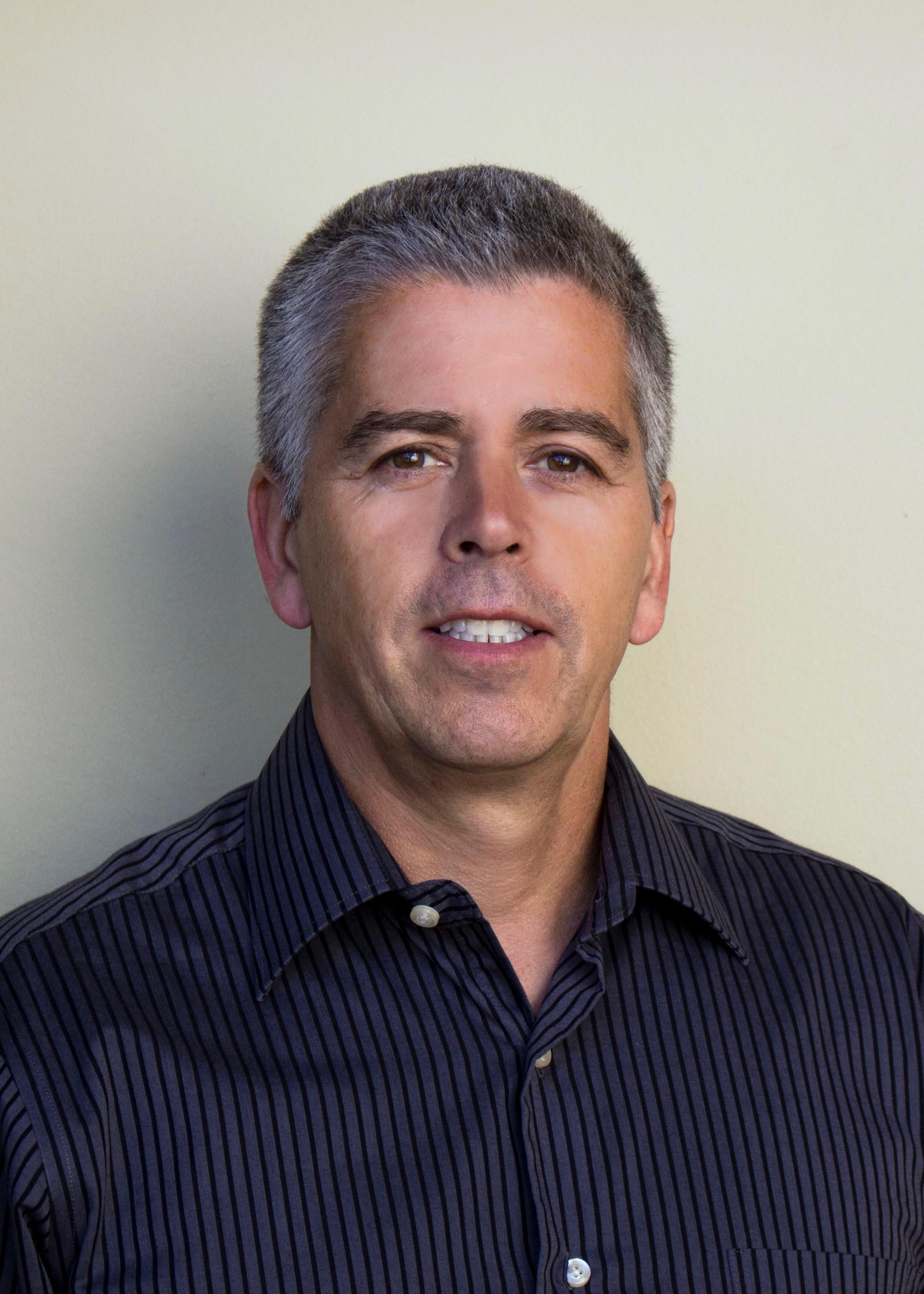 Professeur Glen Kenny