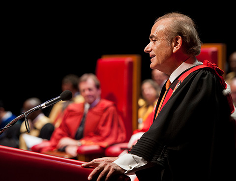 Calin Rovinescu, le 14e chancelier de l'Université d'Ottawa | Calin Rovinescu, the 14th chancellor of the University of Ottawa